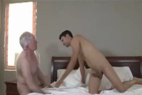 extreme nude grannybed