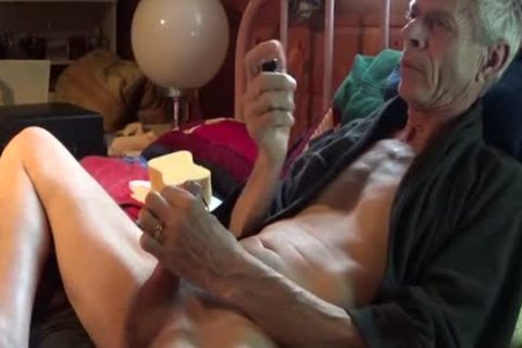 Estim Sounding 10-Pounder sex sperm discharged 6-28-15. First Time In Weeks With The Electric Sounding 10-Pounder. Terrific Release With interior Prostate Massage.