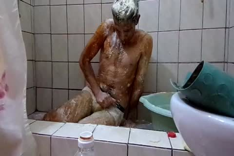 Winter Gunge With Eggs, Flour And Oil.