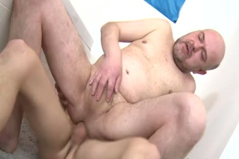 daddy twink Rides 10-Pounder bare