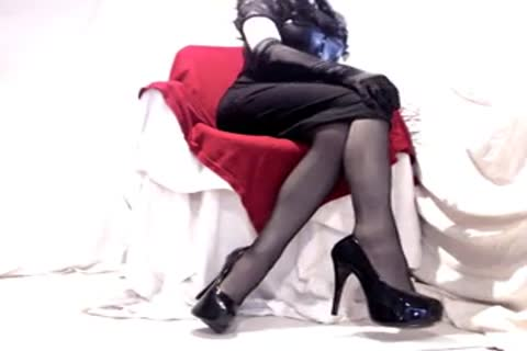 appealing Seamed nylons And Heels