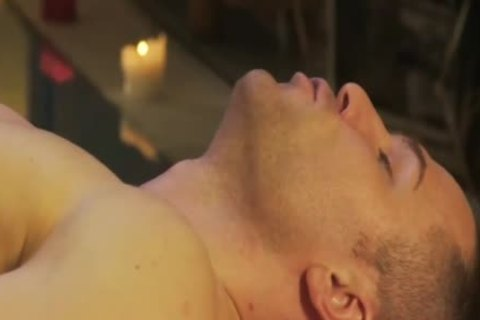 pretty-looking And Relaxing Massage For His pleasure