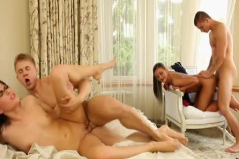 Luscious Bi three-some pounding