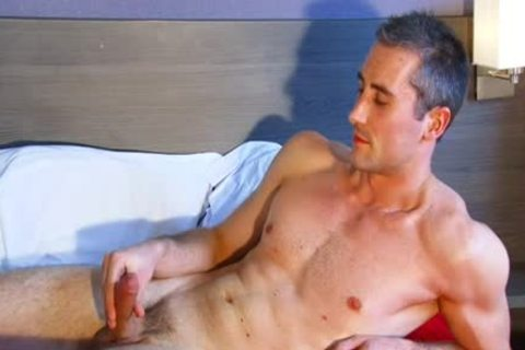 Full clip: A virginal straight Neighbour acquires Serviced His large schlong By A boy!