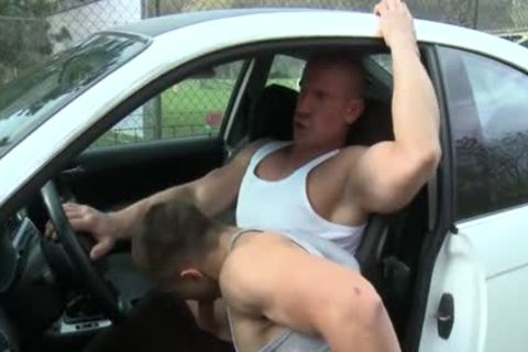 Muscle Daddy a bit of ass With cumshot