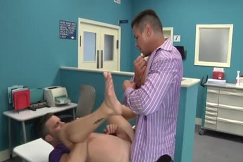 Muscle Doctor anal invasion And cumshot