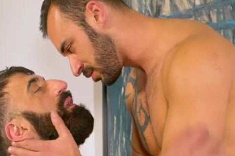 Bearded shaggy Muscle Bear blows Some Tool blows Some Bum For A nasty Facial