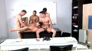Blackboard Outline - Johnny Rapid, Devin Adams 18 hammer