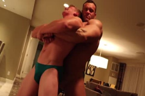 Muscle fellow Dominating petite man