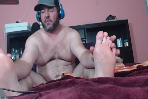 fat webcam boy Moaning Frotting Accidental cum shot On Phone