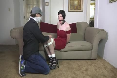 CROSSDRESSER fastened AND RING GAGGED