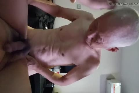 Chinese old chap Sucks & bonks His Younger friend