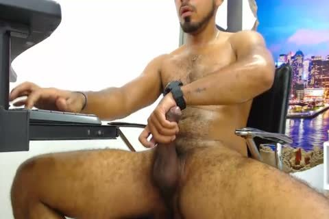 Will - lovely 27yo hairy boy From Chile Strokes His weenie