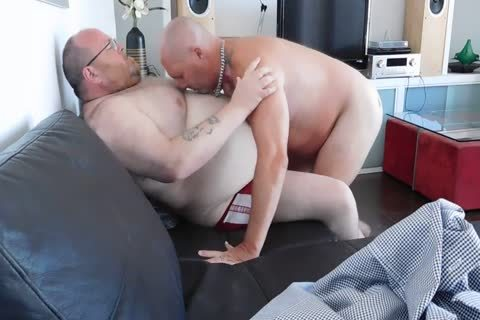 bulky Belly Worship